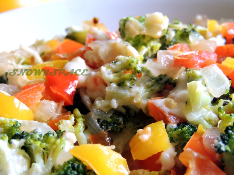 broccoliStirfry_withCheese_kidsSpecial-004