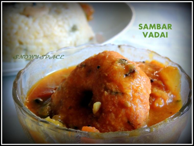 SambarVadai_UlundhuVadai_MedhuVadai001