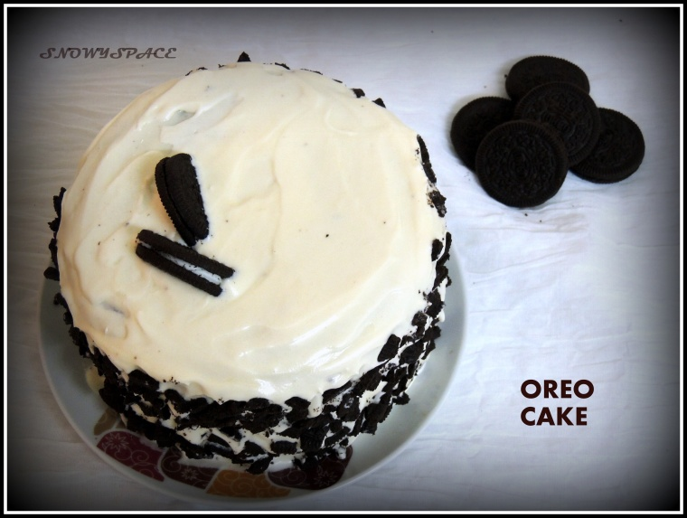 OreoCake_DoubleLayer_CreamCheeseFrosting_Lovers_ValentinesDay_002