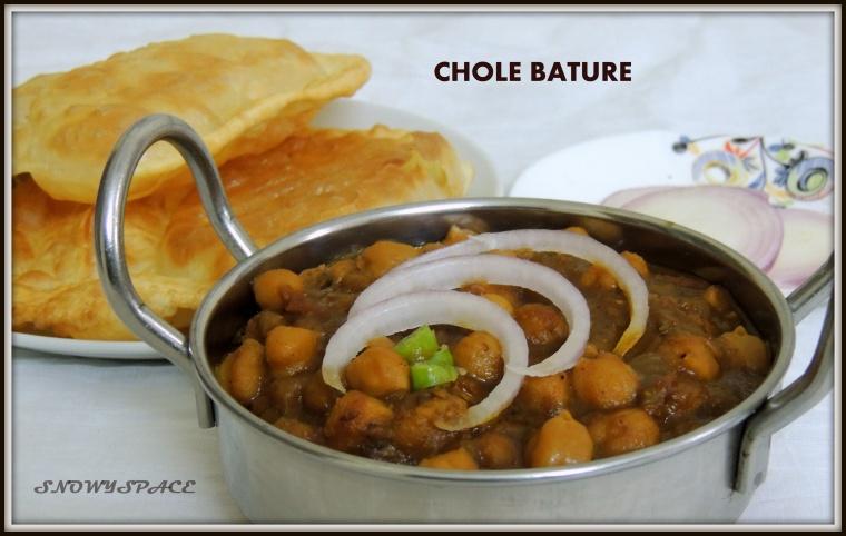 CholeBhature_ChannaMasala_WhiteCickpeasgravy_Recipe_001